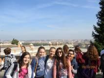 Roma è proprio bella e i ragazzi sembrano proprio contenti di vedere questi luoghi