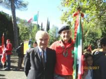 L'amico Fulvio Crocenzi, garibaldino estimatore dei fatti di Villa Glori, si intrattiene con Enrico Luciani