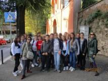 Foto di gruppo meritata. In primo piano, sulla destra, la prof.ssa Gaetana Maria Mainenti, sulla sinistra la prof.ssa Giuliana Iaquinta