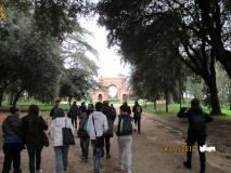 In cammino verso l'Arco dei quattro Venti, costruito sui ruderi di Villa Corsini detto Casale dei Quattro Venti