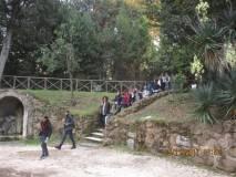 Visitato il sesto bastione a Villa Sciarra si scende dal 7° bastione