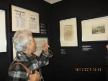Nella sala di Ciceruacchio si leggono alcuni documenti dell'epoca di Pio IX
