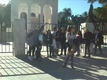 Arrivano al Mausoleo Ossario denominato AI CADUTI PER ROMA e inaugurato nel 1941