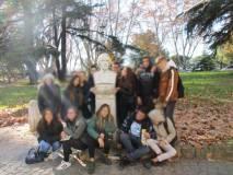 Era un impegno della classe: saluto affettuoso e foto ricordo al busto di Goffredo Mameli