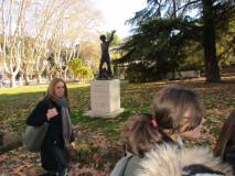"""Si lascia il Parco e si saluta """"Righetto"""" : in primo pano la prof.ssa Sara Cherubini"""