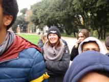 La prof.ssa Giovanna Sartoris ascolta il suo allievo (Andrea) che racconta e spiega l'Esercito della Repubblica romana