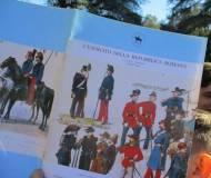"""Sul viale dei combattimenti i ragazzi osservano i luoghi della battaglia di Villa Corsini e del Vascello e leggono l'Esercito dei """"Romani"""""""