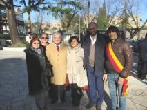 Alla rappresentanza dei cittadini presenti alla cerimonia pubblica, danno sostegno i Consiglieri del I Municipio: Stefano Tozzi e Stefano Marin (con fascia del Comune)