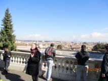 Al prof. Leandro Guercio si gode la vista di Roma dal Fontanone
