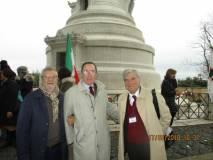 Arriva tra noi Giuseppe Garibaldi, pronipote dell'Eroe: foto ricordo con il dr. Gildo De Angelis e Luciani