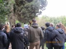 """A villa Sciarra si cammina sul sesto bastione e al settimo un alunno spiega l'attacco """"a tenaglia"""" dei francesi"""