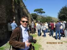 Prima di visitare il Parco, anche Martin Betz è incuriosito dallo sparo del cannone