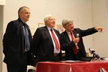 Enrico Luciani segnala a Vittorio Emiliani un manifesto con i trascorsi del 1999 e il suo apporto all'Associazione insieme a Gigi Magni