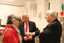 La prof. Valentina Marani parla con Vittorio Emiliani