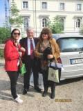 In attesa con Enrico Luciani, le guide dell'associazione A. Cipriani Comitato Gianicolo: Mariapaola Pietracci Mirabelli, Daniela Donghia