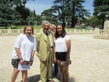 Mirea (sulla sinistra) e Elisabetta, le premiate, in foto con Enrico Luciani e Marisa Pietracci
