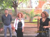 Arriva la prof.ssa M.Grazia Orfei con il prof. Gianluca Versaci (a sinistra), accolti da Daniela Donghia