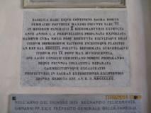 Enrico Luciani ricorda che nella Basilica è subito all'ingresso una lapide che ricorda con terrore (e dispregio) i fatti del 1849