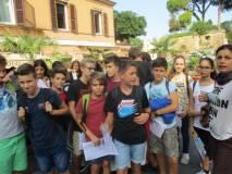 Il gruppo sosta a Porta San Pancrazio per ammirare Villa Aurelia