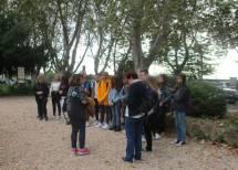 Daniela spiega il Parco e i busti alla IV A