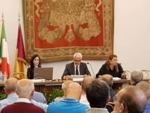 Da destra verso sinistra: l'ing. Carla Cappiello, l'ing. Roberto Botta, l'ing. Maria Elena D'Effremo