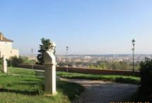 Il Belvedere della Costituzione 1849, grande lascito della Repubblica romana; sempre spettacolare il panorama di ROMA