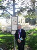 Enrico Luciani attende le classi: oggi ha una scoperta importante da far vedere ...