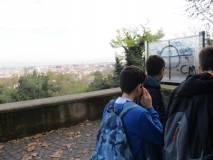 Si scende alla piazzola dove spara il cannone e si gode la vista di Roma