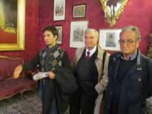 Enrico Schiavulli tratta Napoleone III: alla sua sinistra Enrico Luciani e Massimo Capoccetti