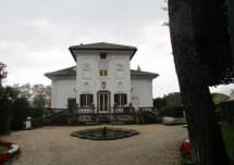 Villa Spada oggi si può ammirare in pieno: il cancello è aperto