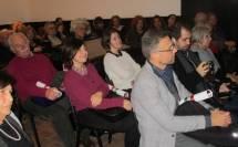 In primo piano Giovanna De Luca e Dario Luciani e al centro una sorridente Laura Tanchis, professoressa del Liceo Morgagni