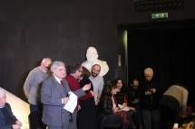 Luciani e la medaglia ricordo agli accompagnatori/guide dell'Associazione. Accanto a lui Claudio Bove, Massimo Capoccetti , Roberto Calabria, e sulla destra Ivana Colletta