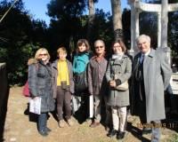 Foto di gruppo prima di lasciare Villa Sciarra: le proff. Mirella Venditti, Anna Campo, Caterina Dolce, Elena Facchin con Capoccetti e Luciani