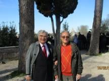 Enrico Luciani e Massimo Capoccetti terminano la visita con alle spalle la cupola di San Pietro