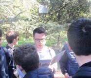 Il giovane Matteo spiega l'esercito dei Romani: legge<i> il Battaglione della Speranza</i>