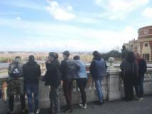 Davanti al Fontanone una vista panoramica su Roma