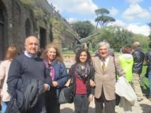 Da sinistra : il prof. Paolo Vidau, Noemi Grimaldi, la prof.ssa Rosita Polessi, Enrico Luciani