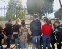 A Villa Spada la classe ascolta la difesa dei i bersaglieri lombardi e la morte di Luciano Manara