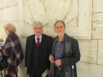 Enrico Luciani con Claudio Capecelatro per sottoporre a lui l'azione teatrale IO C'ERO