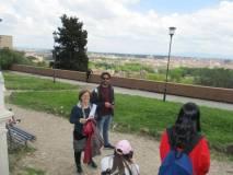 Soddisfatta la professoressa Daniela Forni; accanto a lei l'insegnante Rocco Pezzullo