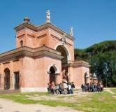 I gruppi Visite guidate devono rientrare tutti all'Arco dei Quattro Venti per le spiegazioni dei garibaldini