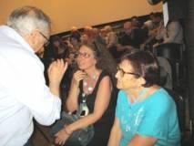 Roberto Cerulli si intrattiene con Noemi Cavicchia Grimaldi e Giovanna De Luca