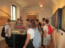 Al Museo camicie rosse, bandiere,  fucili, pistole