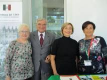 In primo piano, da sinistra: Ivana Colletta, Enrico Luciani, Laura Del Vecchio, Giovanna De Luca