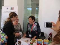 Giovanna De Luca e Ivana Colletta con il nuovo assessore alla Scuola, Veronica Mammì