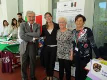 Foto ricordo: Enrico Luciani con Veronica Mammì, Ivana Colletta e Giovanna De Luca