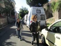 La proff. Luciana Palomba sale all'ottavo bastione, seguita dalla prof Alessandra Di Cerbo