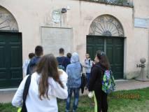 Si arriva a Casale Barberini, oggi sede dell'Istituto di Studi germanici