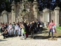 Sosta alla fontana dei Fauni con la prof. Martina Micillo