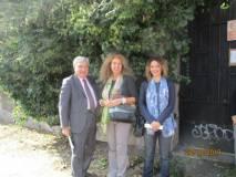Prima di dirigersi al Vittoriano, Noemi Grimaldi, al centro della foto, vuole salutare Enrico Luciani e la prof.ssa Viviana Meschesi